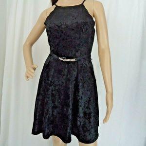 BCX Velvet Scallop Detail Black Party Dress Jewels